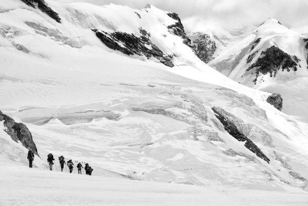 Hikers near plateau rosa