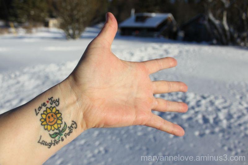 Hand & Snow