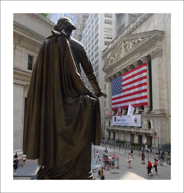 Wachington facing the NYSE