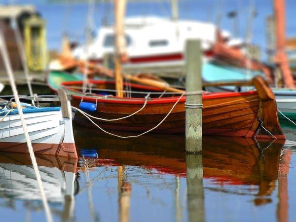 tilt shifted boats