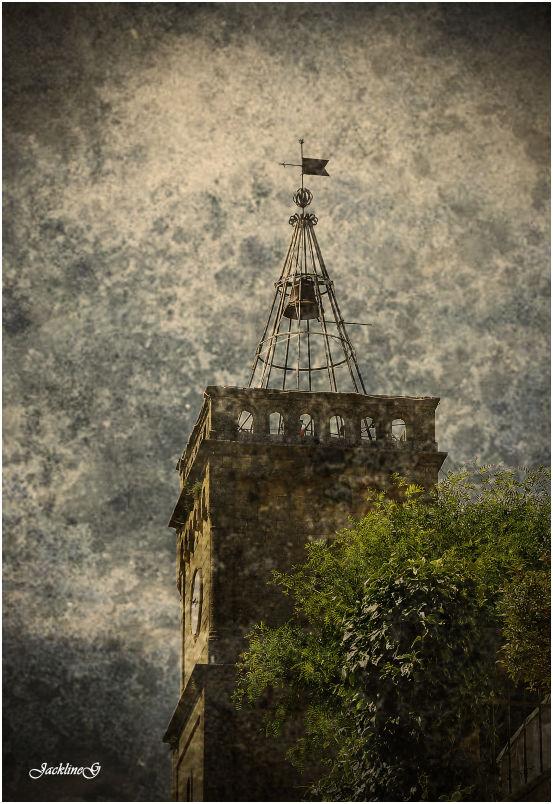 Le clocher ...