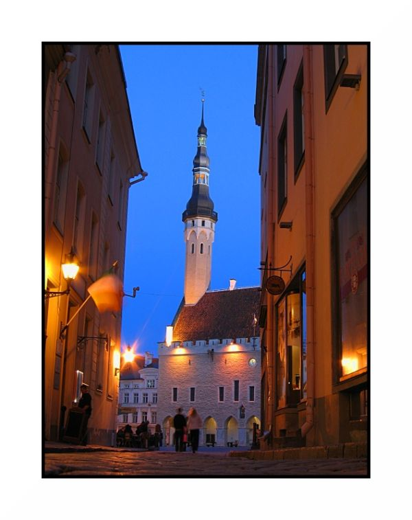 Blue hour in Tallinn