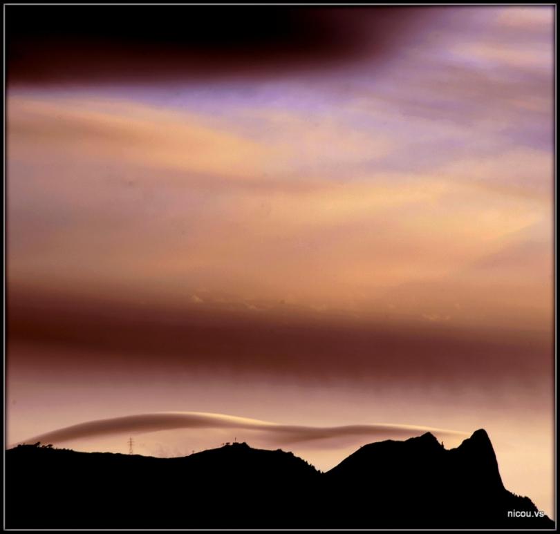 Ciel lenticulaire Valais Suisse