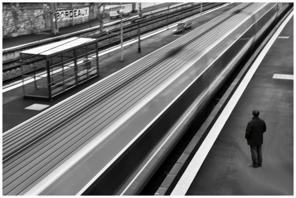 train station movement