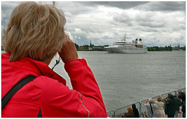 Seabourne pride departure