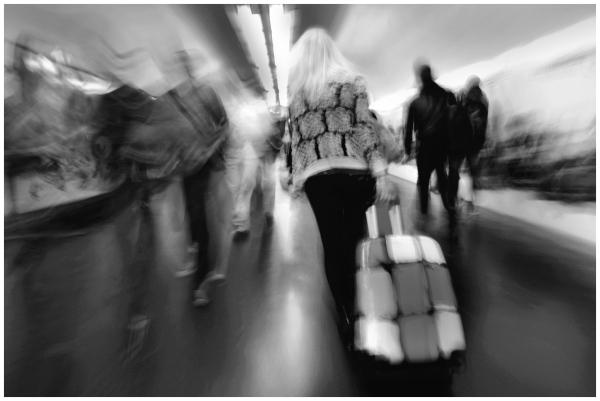 Rush hour in the tube corridors