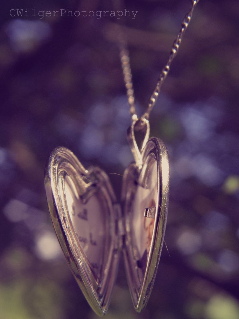 Locket II