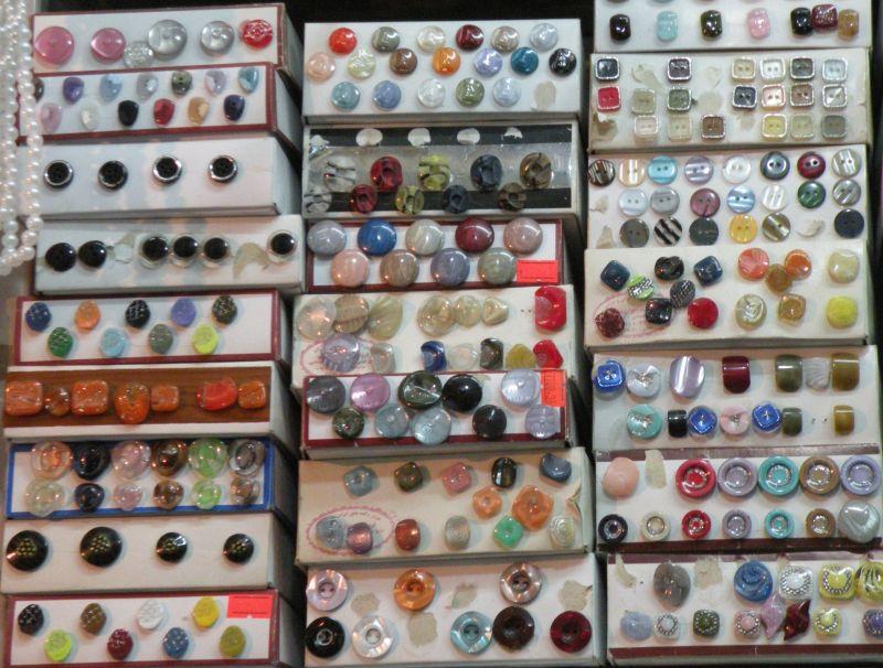 دکمه های رنگی