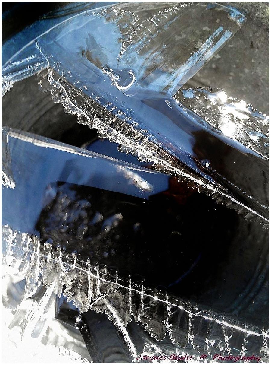 Dentelles et reflets de glace !