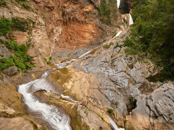 Cascade Caburni