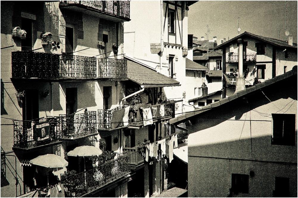 Les balcons de ces toits