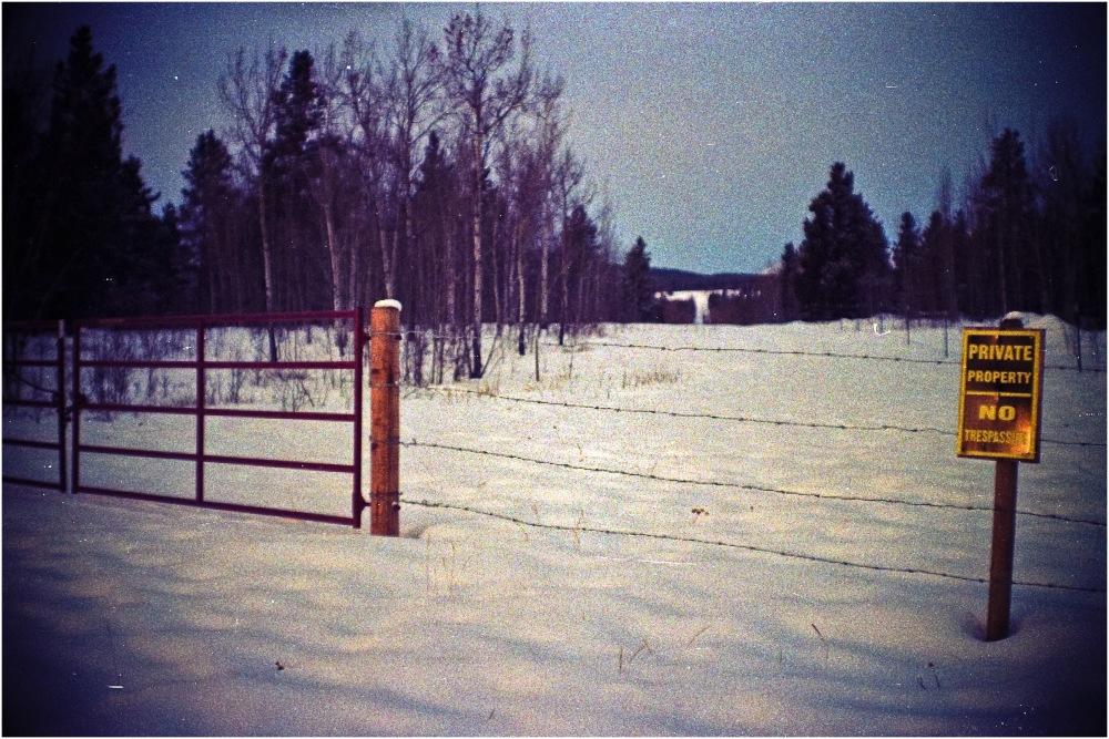 Porte fermée sur l'inconnu