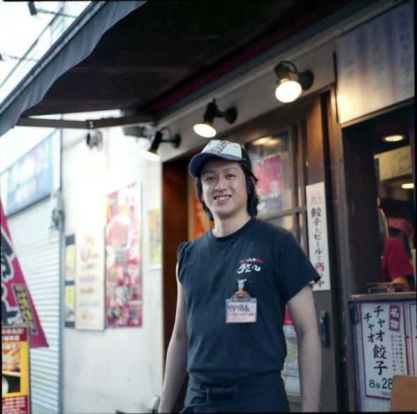 Dumpling shop manager