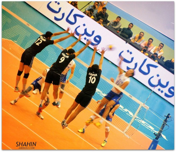2015 FIVB World League - Iran 1-3 Russia 02