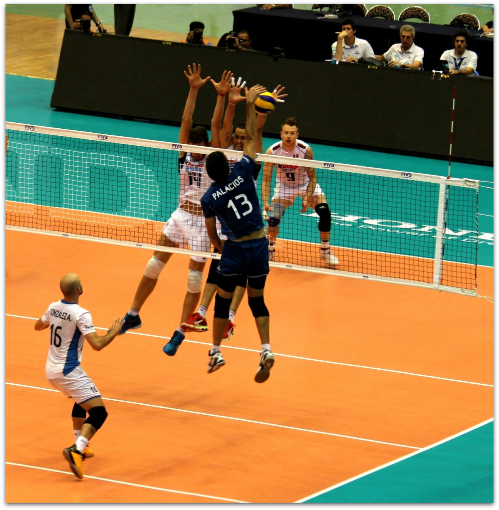 2016 FIVB World League - Italy 3-1 Argentina 02