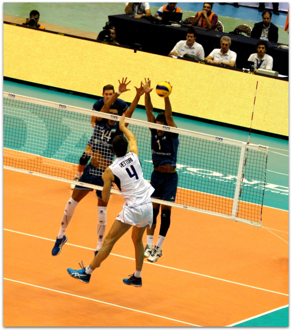 2016 FIVB World League - Italy 3-1 Argentina 03
