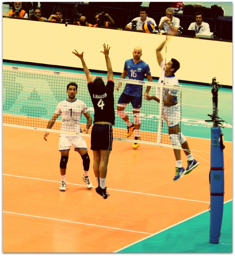 2016 FIVB World League - Iran 3-2 Argentina 07
