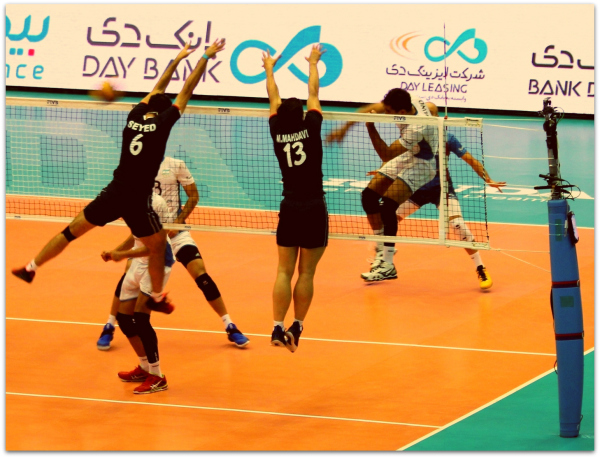 2016 FIVB World League - Iran 3-2 Argentina 08