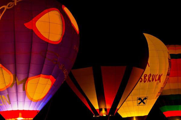 ... balloon glow ...  ( III )