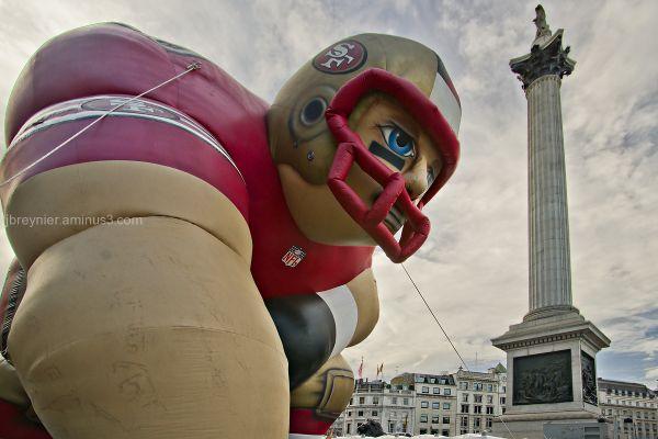 A 49er in London, Trafalgar Square