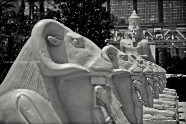 Egyptian plaster statues in Las Vegas