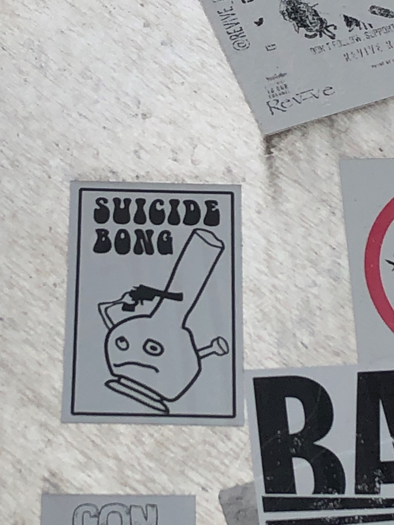Suicide bong