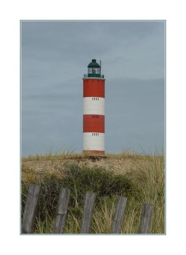 ... phare sur la dune ...