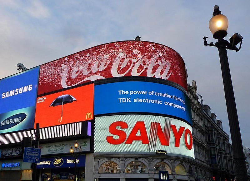 Piccadilly ...