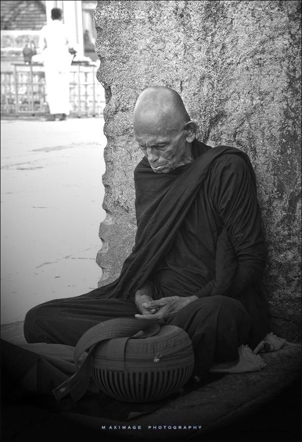 Le vieux moine...