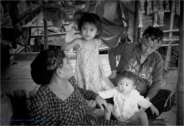 Petite famille vietnamienne...