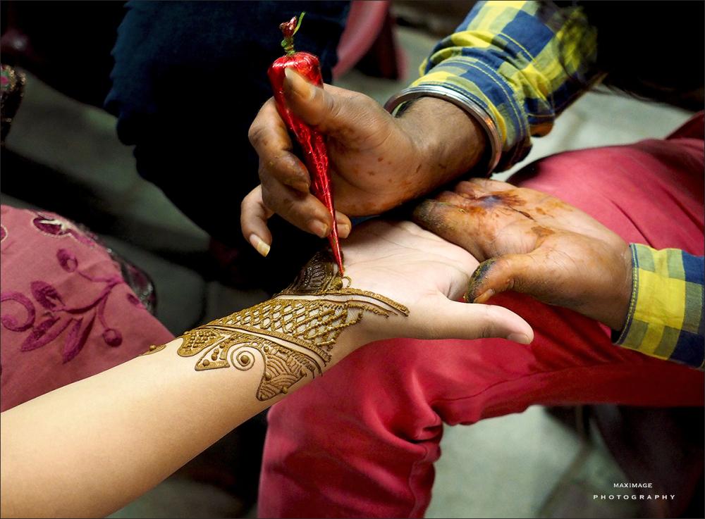 L'art du tatouage au henné...