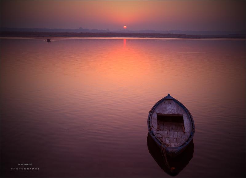 Lever de soleil sur le Gange...