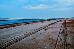 Lane way along the sea