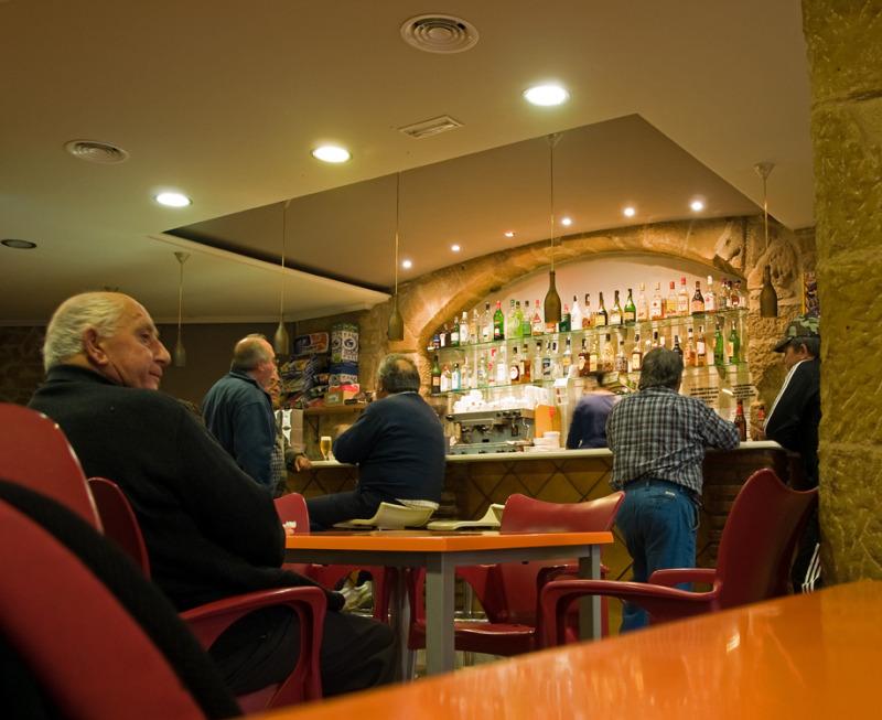 Homes al bar