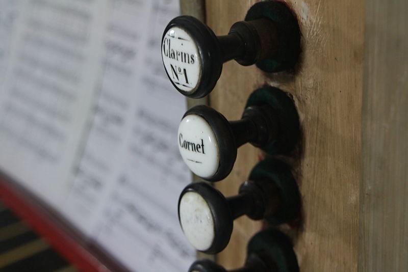 Registres d'un Orgue (Organ stop)