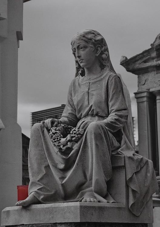 Visita al cementiri -2