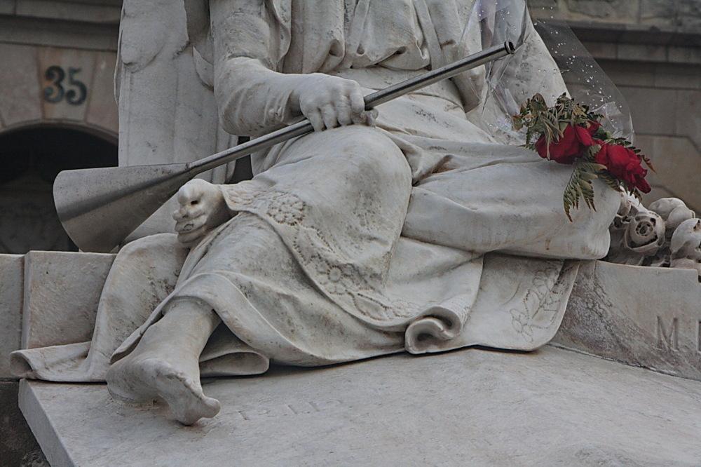 Visita al cementiri - 5