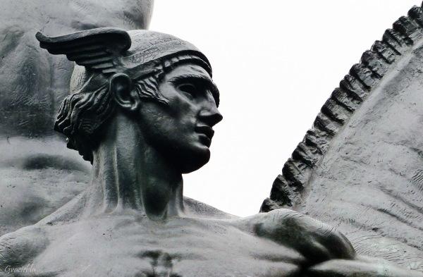 Hermes (2)