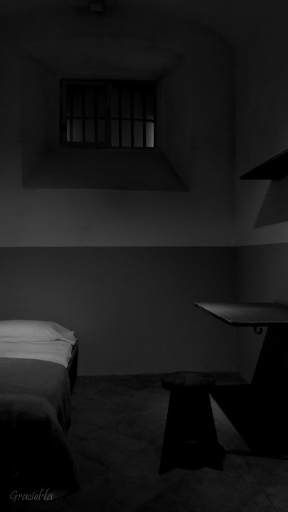 Presó Model. Cel·la primitiva (3/6)
