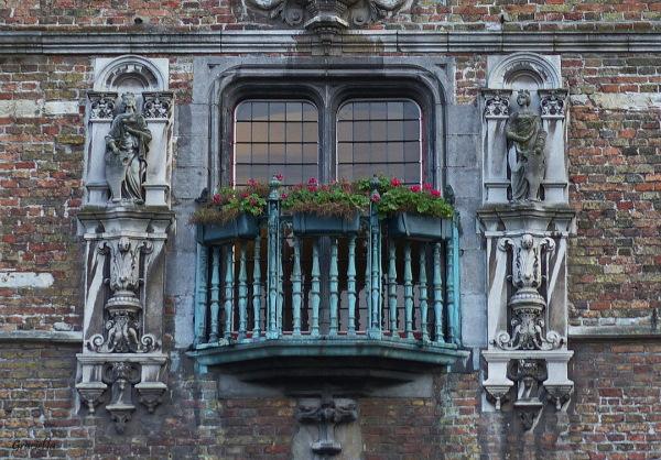 El balcó de la torre, Bruges