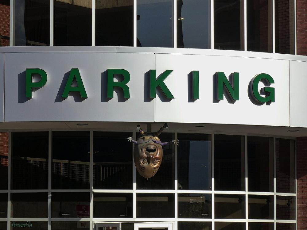 Parking ... egghead ...