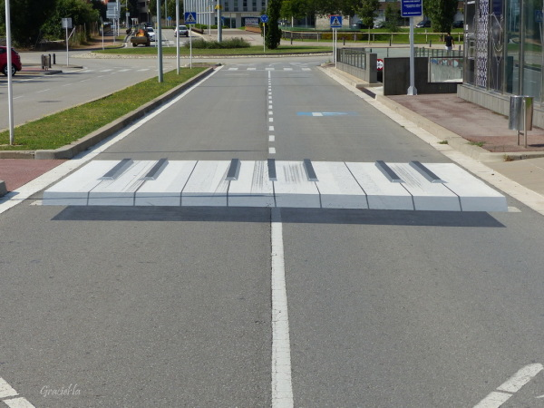 Pas de zebra-piano