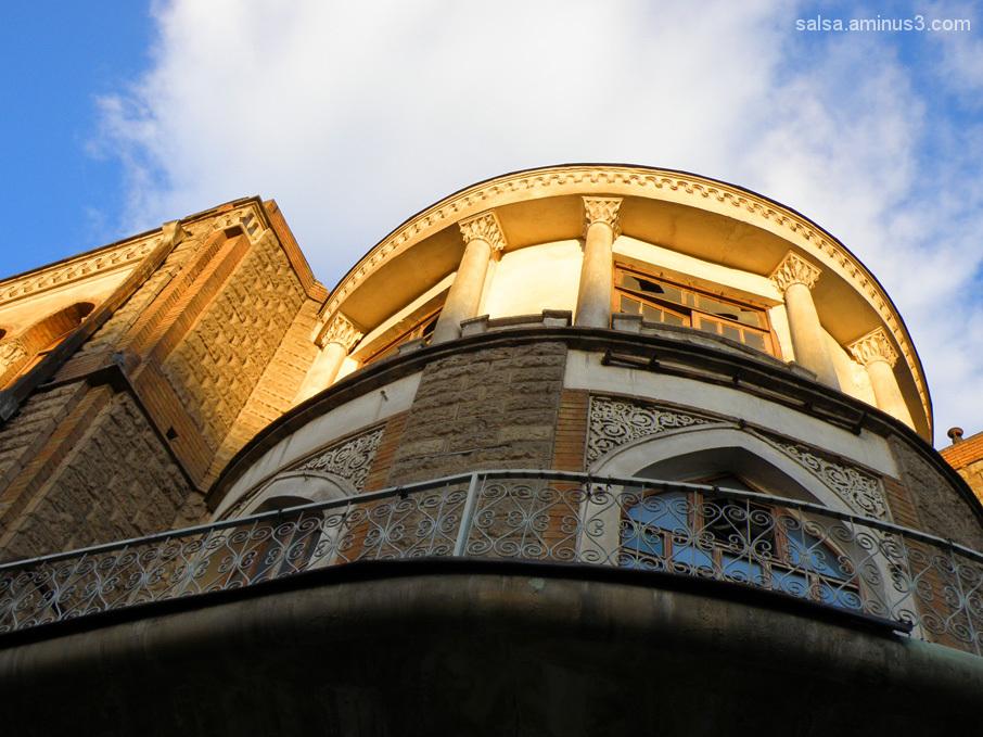 Téhéran série . . . Old Sky line