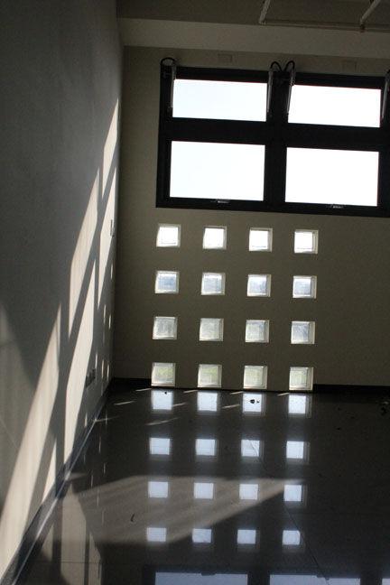 Shinning Window