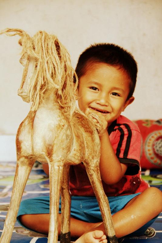 Smiling kid :)
