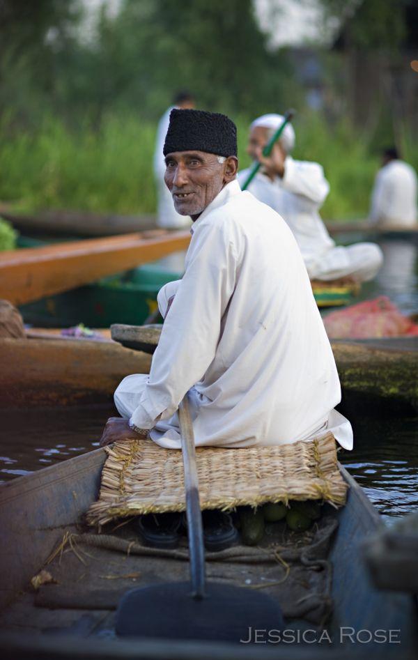 Srinigar Floating Market 5