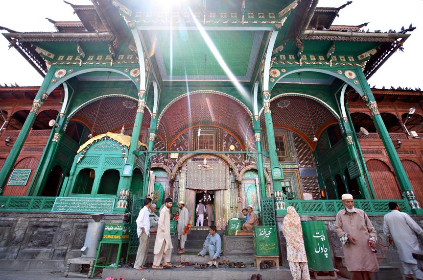 The Sufi shrine Pir Dastgir Sahib in Srinagar