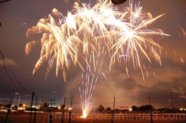 Fireworks at waikaraka park