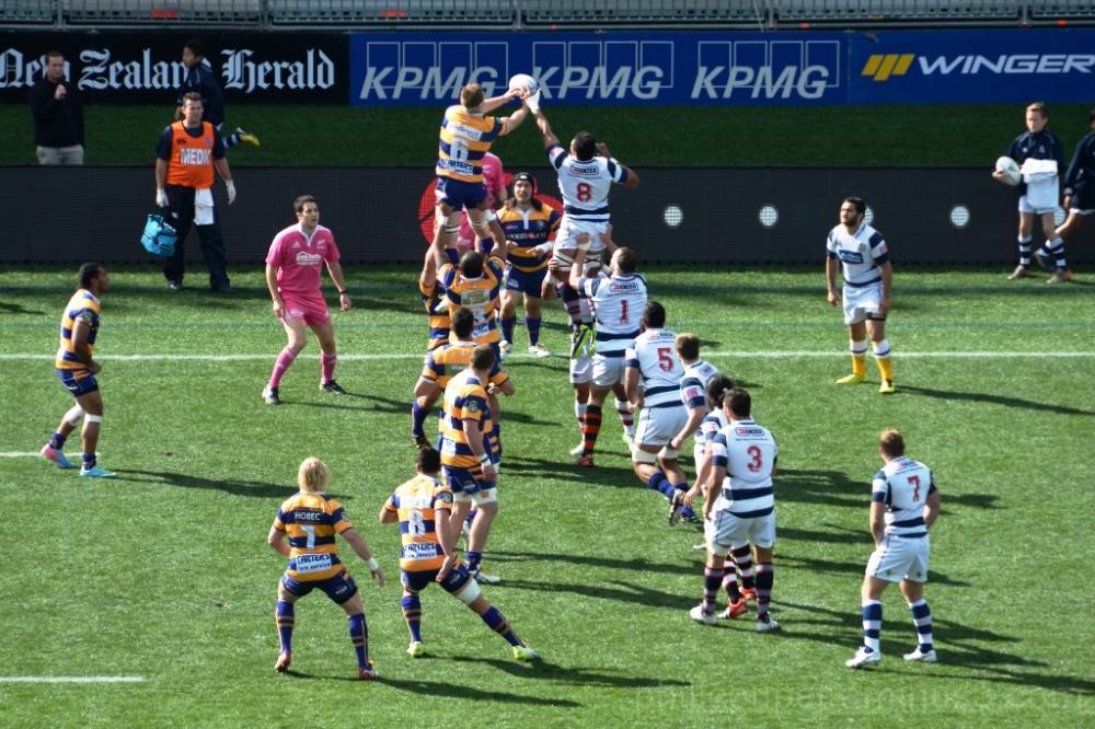 BOP winning a lineout vs Auckland @ Eden Park
