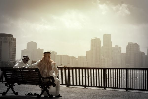 Sharjah,Corniche,Arabs,Friends,Waterfront,Blue sou